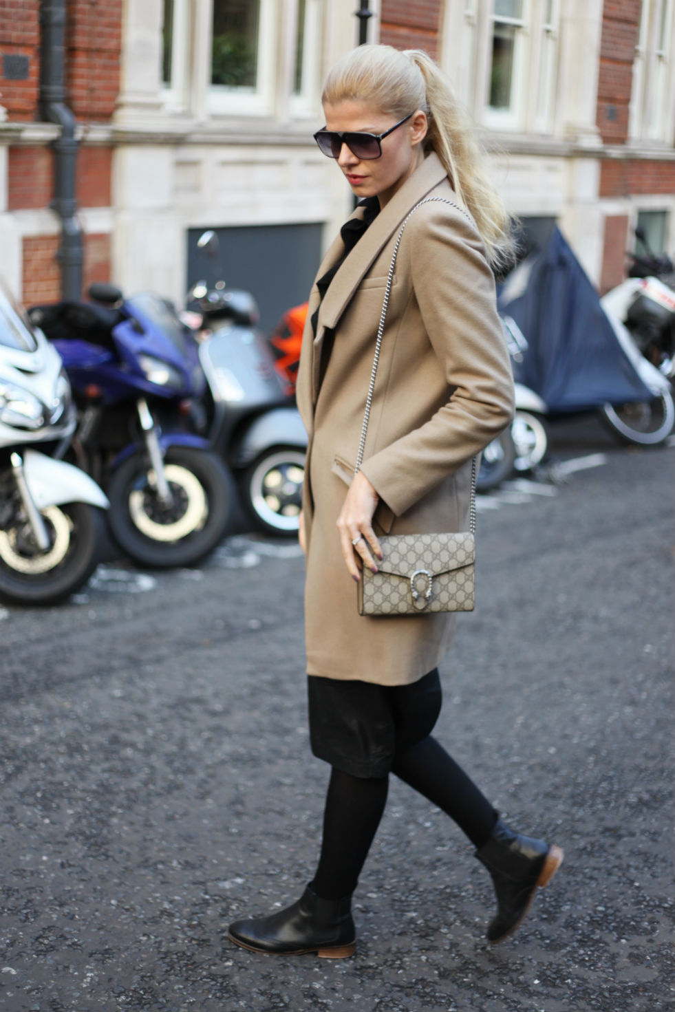 Outfit  Gucci Dionysus Bag - Glamazon blog by Eva   a80d14e1498a